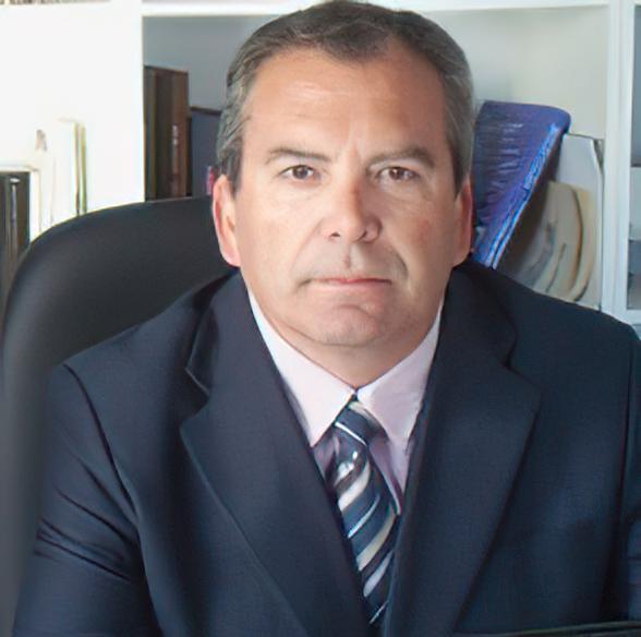 Dr. Antonio Mena Molina